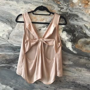 Gold open back top -satin